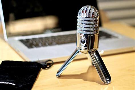 Microphone slot mac jpg 640x427