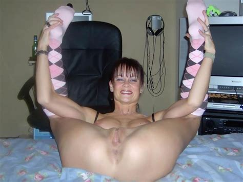Amateur naked moms our favorite naked matures and porn jpg 800x600